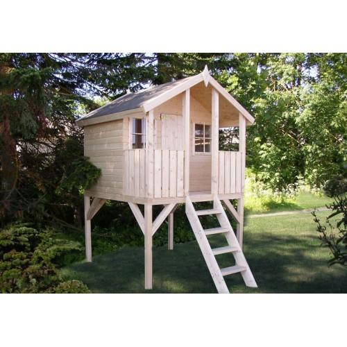 Деревянный домик для детей на дачу